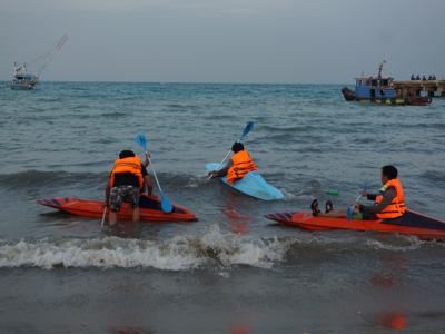 Kano Seru di Pulau Sebesi (foto: phinemo.com)